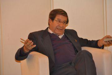 """Valeriano Ruiz: """"Por la electricidad que le vendemos a la red, lo lógico es que cobremos nosotros"""""""