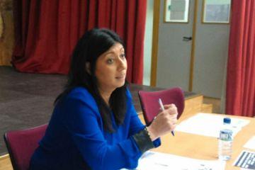 """Francisca Cortés: """"Para romper con esa imagen de la mujer gitana hay que apostar por la educación"""""""